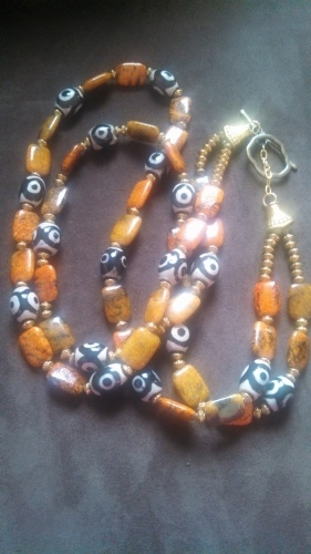 Afrocentric (necklace and earrings)